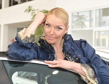 Анастасія Волочкова після концертів в Криму відправиться на Донбас