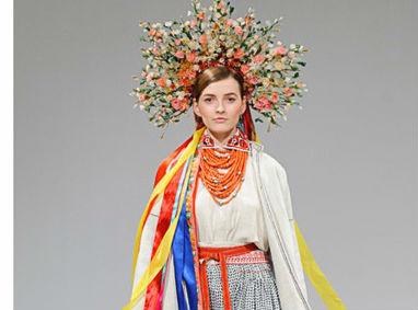 На Ukrainian Fashion Week представили автентичні національні костюми