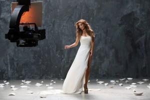 Ани Лорак призналась, куда делось ее исподнее в новом клипе