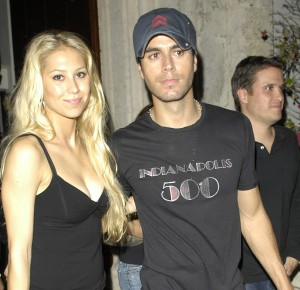 EXCLUSIVE: Anna Kournikova and Enrique Iglesias leave a party in Miami