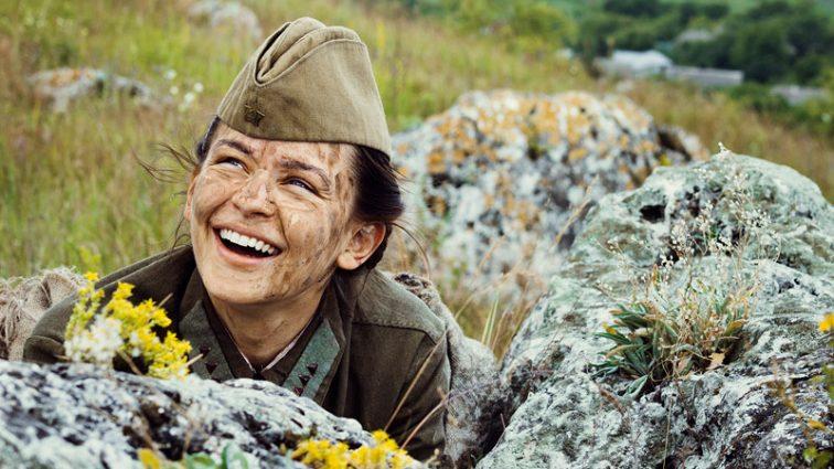 «Незламна»: 10 фактів про фільм, який виходить в РФ та в Україні під різними назвами (відео)