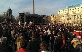 Рок-концерт в Донецьку: Чичеріна під пиво і сувеніри з Путіним (фото)