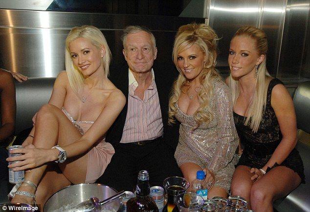 Кролик «Playboy» розкрила скандальні факти про життя в легендарному будинку Х'ю Хефнера (ФОТО)