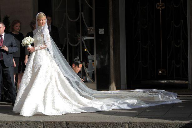 Свадьба года: Сестра Пэрис Хилтон вышла замуж в платье за 50 тысяч фунтов