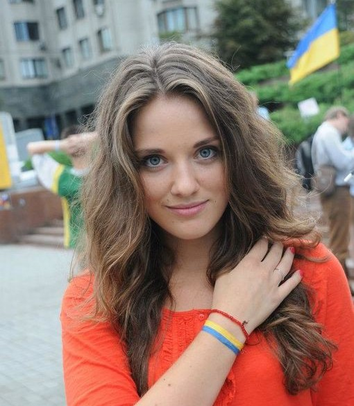 Хто вона така:  25-річна красуня,  стала заступником Саакашвілі (ФОТО, ВІДЕО)