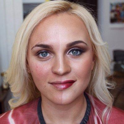 Флешмоб «Сила макіяжу» добрався і до українок (ФОТО, ВІДЕО)
