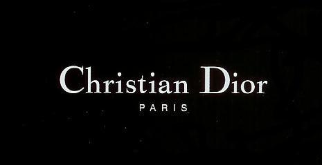 Нова жіночність: ТОП-10 нових образів від Dior (ФОТО)