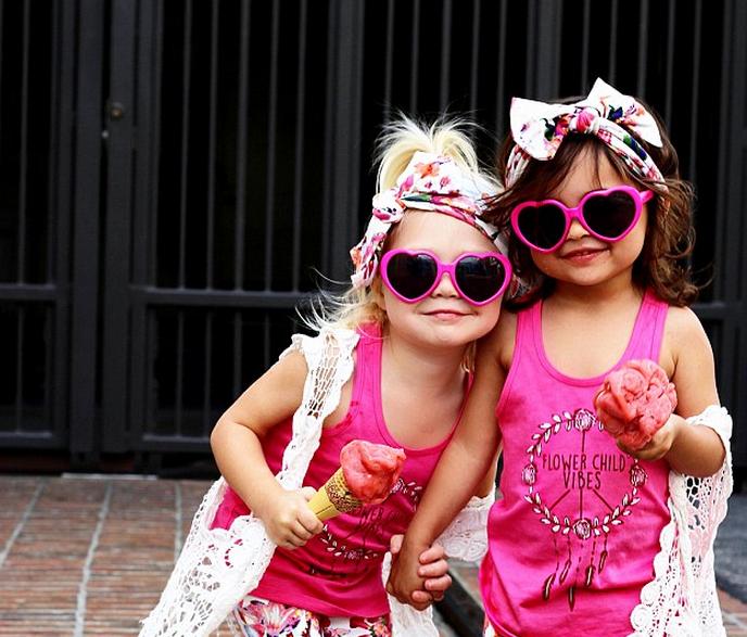 2-річні дівчатка взяли світ моди штурмом і стали новими зірками Instagram (ФОТО)