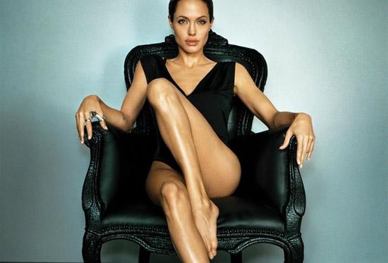 Анджеліна Джолі схудла до 37 кілограмів (ФОТО)