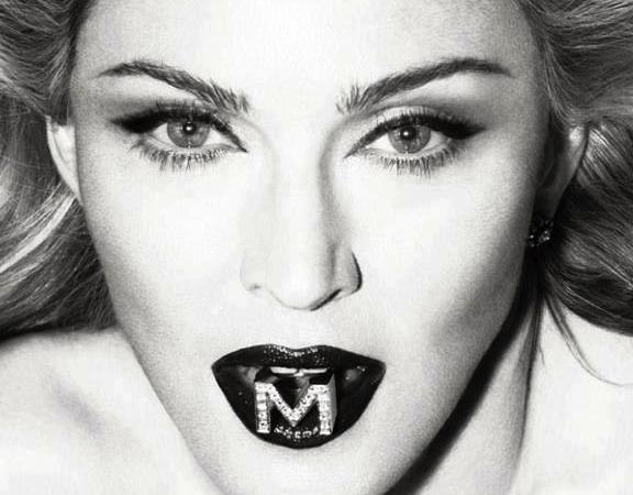 1404394889_Madonna_2012