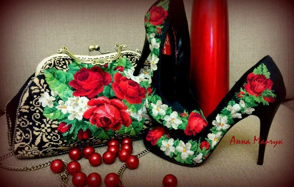 Туфлі-вишиванки від української майстрині підкорили серця модниць по всьому світу (ФОТО)