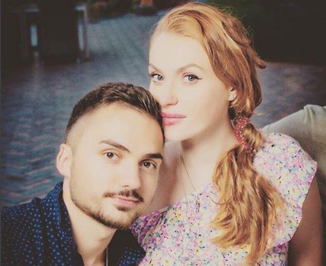 Славі з «НеАнглів» вдруге вагітна (ФОТО)