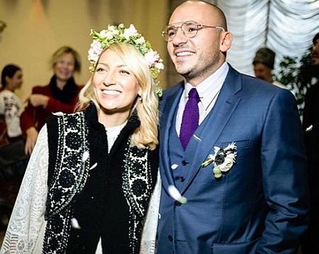 Екс-регіонал зіграв весілля вагітній доньці у гуцульському стилі (ФОТО)