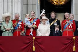 Королевский скандал: девушка-тинейджер забеременела от принца Гарри