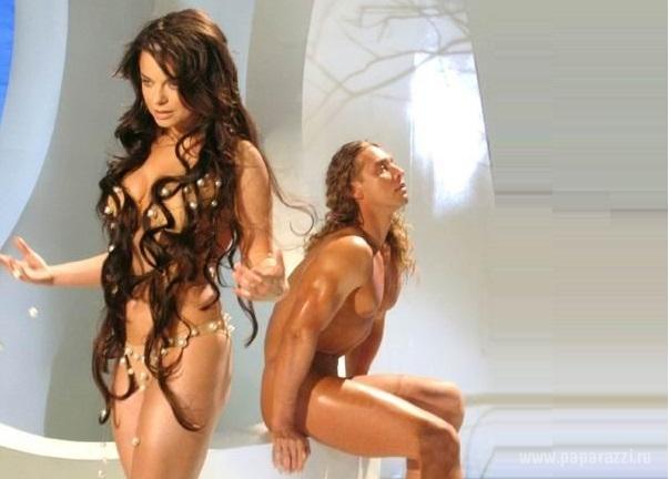 порно видео и фото королевой и тарзана