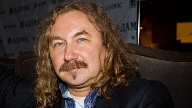 Відомий російський співак зганьбився на концерті в Кремлі (ВІДЕО)