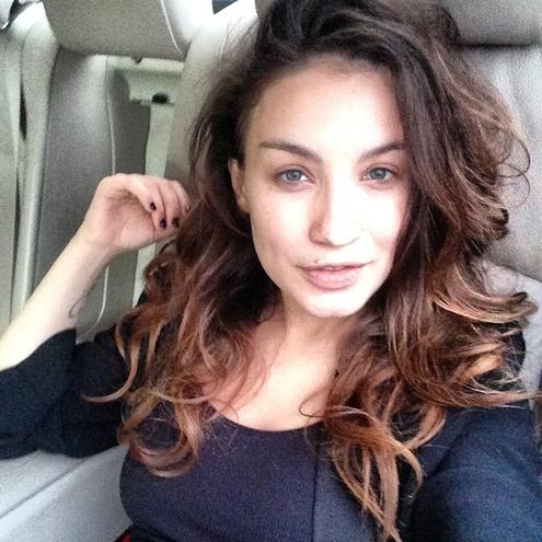 Вікторія Дайнеко похвалилася стрункою фігурою після пологів (фото, відео)