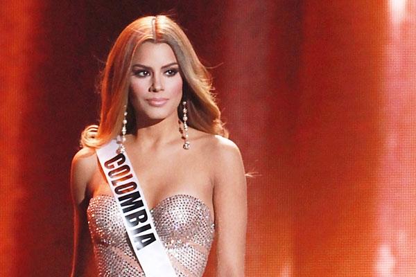 «Розкороновану» «Міс Всесвіт-2015» кличуть у дорослі фільми за $1 мільйон