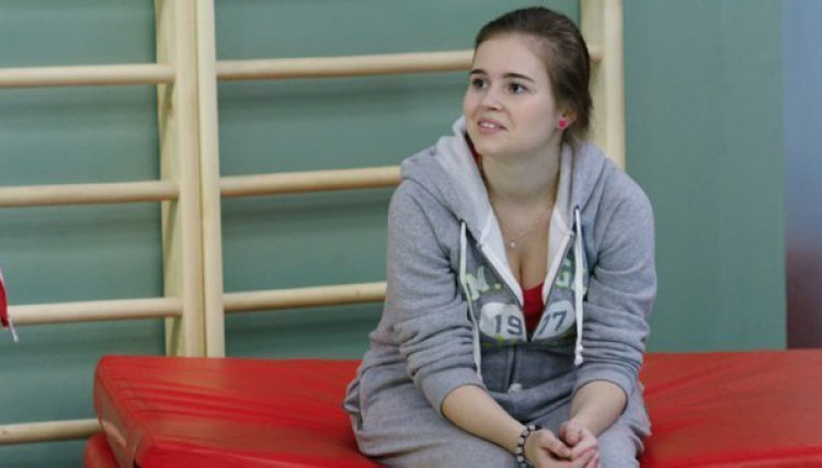 21-річна зірка «Фізрука» перетворилася на фатальну красуню (ФОТО)