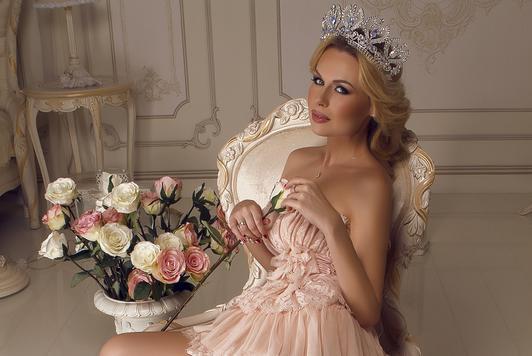 Українка стала переможницею «Місіс світу — 2015» (Фото)