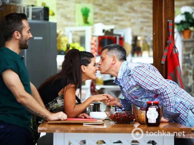 Руслана в день «фарфоровой» свадьбы показала раритетные фото с мужем (Фото)