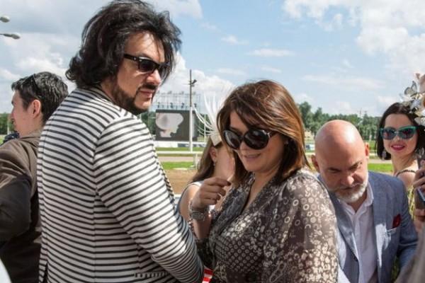 Ф. Киркоров появился на публике с матерью своих детей (ФОТО)