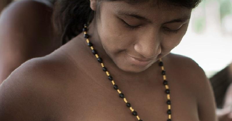 Древняя традиция этого амазонского племени шокирует. У меня волосы встали дыбом …(ФОТО)