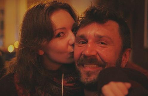 Дочь Шнурова шокировала своим новым мужем барменом (ФОТО)