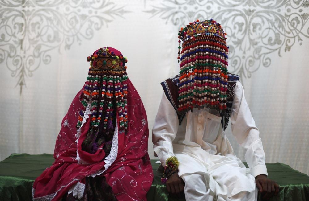 В духе традиций: какие платья одевают на свадьбу невесты разных стран (19 ФОТО)
