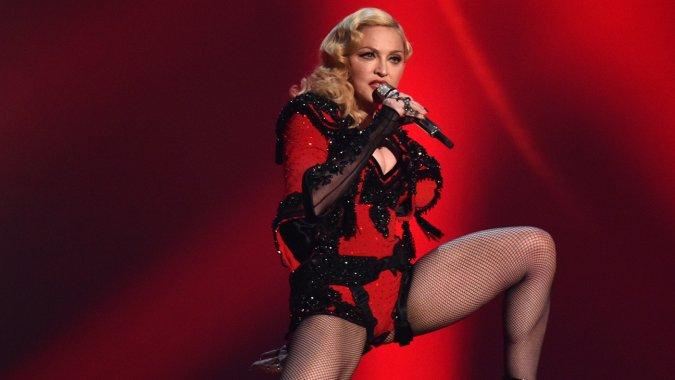 Мадонна показала фото дочери Лурдес с волосатыми подмышками (ФОТО)