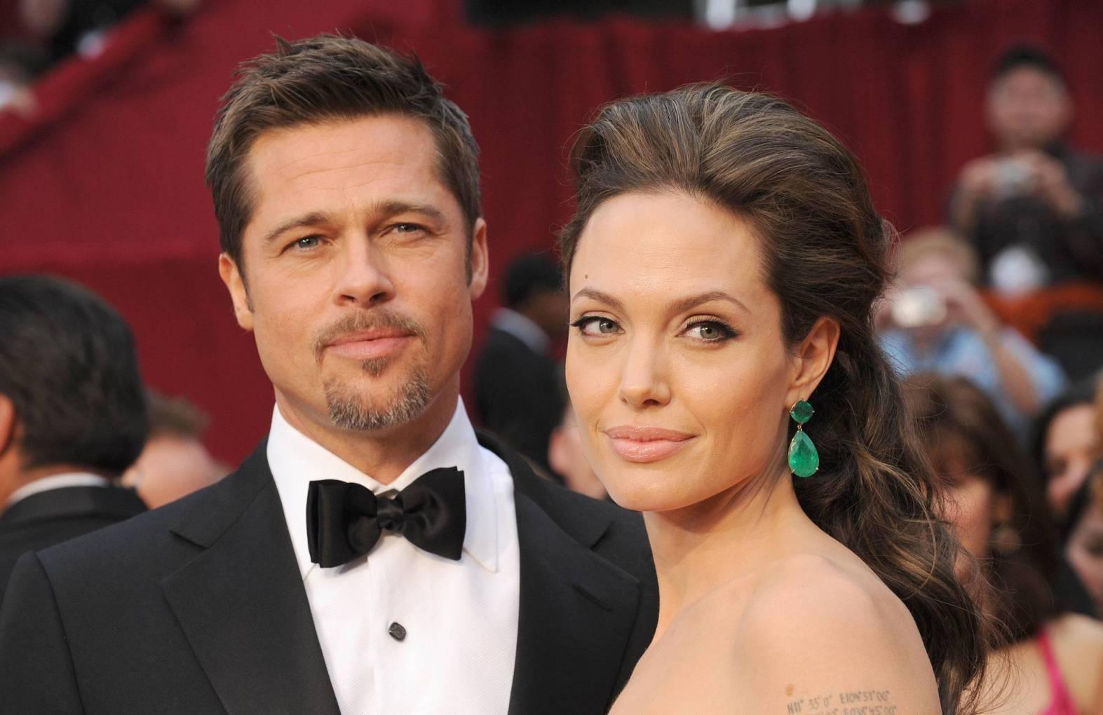 Стало відомо з ким Бред Пітт зрадив Анджеліні Джолі (ФОТО)