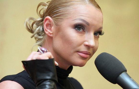 Волочкова шокировала Кобзона обнаженным бюстом, который выскочил из платья (ФОТО)