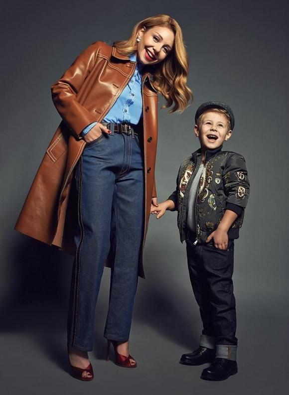 мама и син з фото