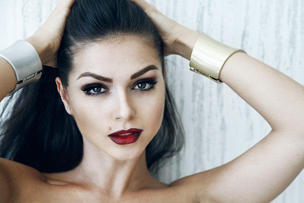 Співачка Нюша кардинально змінила зачіску: шанувальники в розпачі (фото)