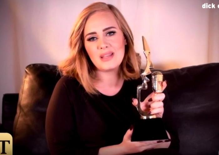 Адель признана лучшей певицей года (ВИДЕО)