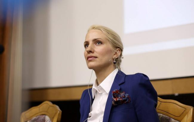 Як народний депутат стала «кращим експонатом на виставці Ван Гога» (ФОТО)