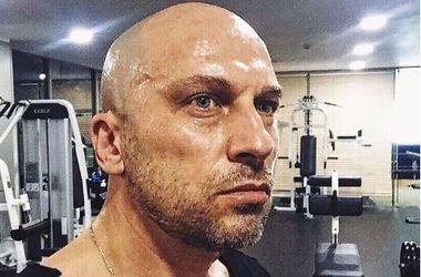49-річний Дмитро Нагієв нарвався на компліменти за короткі шортики