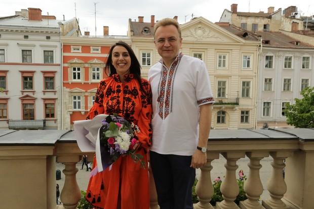 Джамала залишила запис у Книзі почесних гостей Львова (ФОТО)