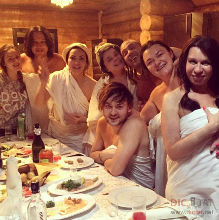 Фото дівчат у бані фото 786-671