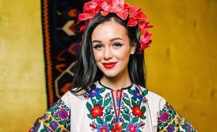 Марія Яремчук шокувала фігурою у відвертій сукні (ФОТО)