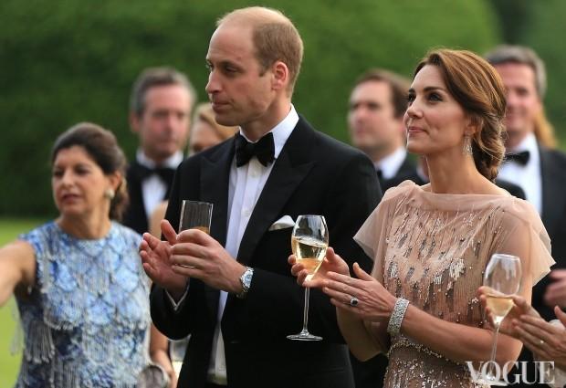 Ідеальний вечірній образ герцогині Кетрін (фото і відео)