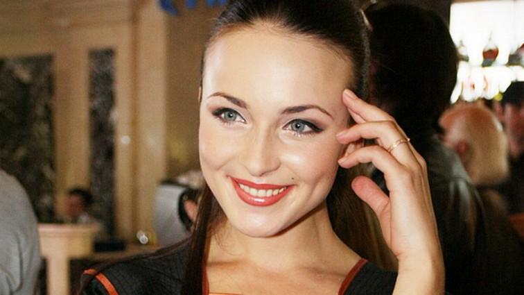 Відомій російській актрисі паралізувало ноги