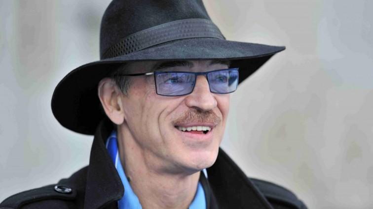Актор Михайло Боярський постав без капелюха і з оголеним торсом (ФОТО)