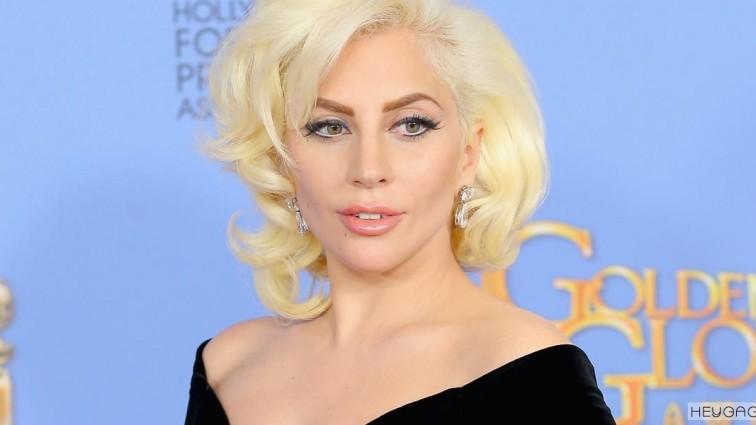 Леді Гага — вперше на публіці після розставання з коханим (ФОТО)