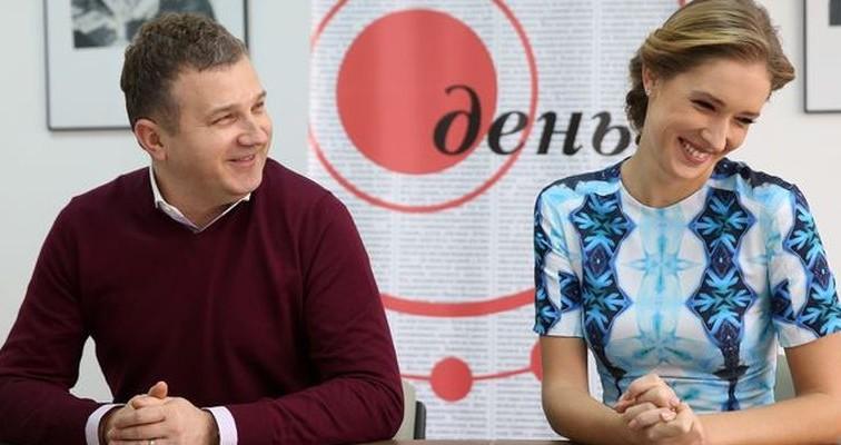 Службовий роман? Катя Осадча та Юрій Горбунов проводять разом відпочинок (ФОТО)