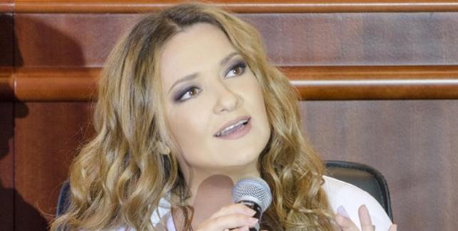 40-річна Наталя Могилевська осоромилася своїм нетверезим виглядом після святкування Дня народження (ФОТО)