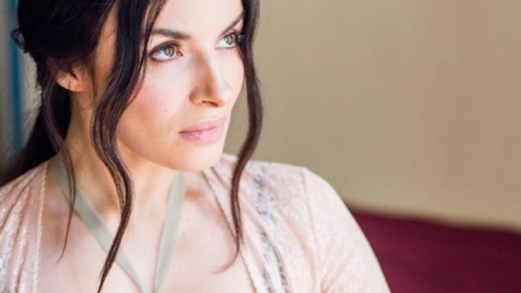 Співачка Надія Мейхер розчарувала своїх фанатів похмурими знімками (ФОТО)