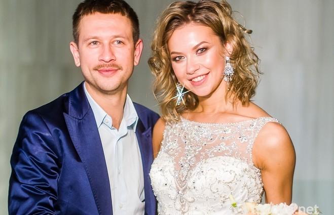 Дмитро Ступка похизувався фото з медового місяця у США (ФОТО)
