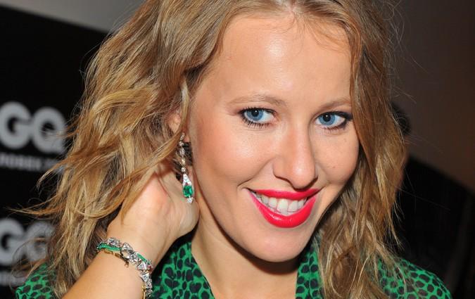 Ксенія Собчак одягнула українську вишиванку (ФОТО)