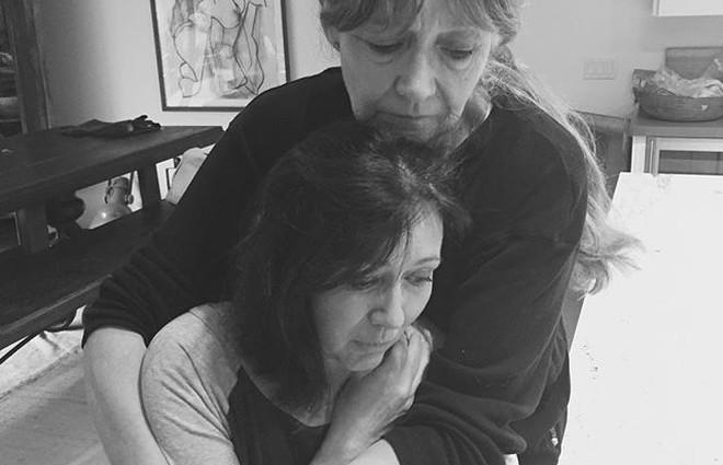 Чому смертельно хвору Шеннен Доерті змушують з'явитися до суду? (фото)